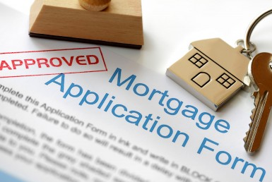 Mortgage application for buying a home in Montrose Colorado
