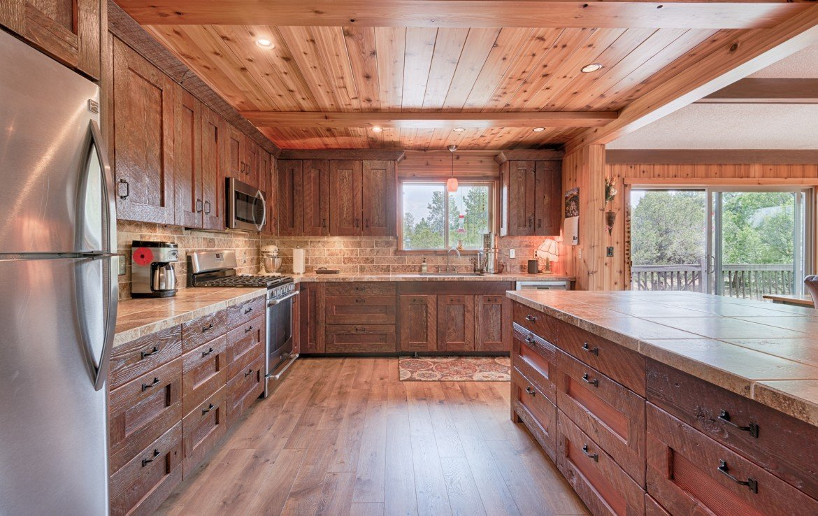 112 Lupine Ln Ridgway Colorado Home for Sale with 2 Acres and Garage - Kitchen - Atha Team Realtor