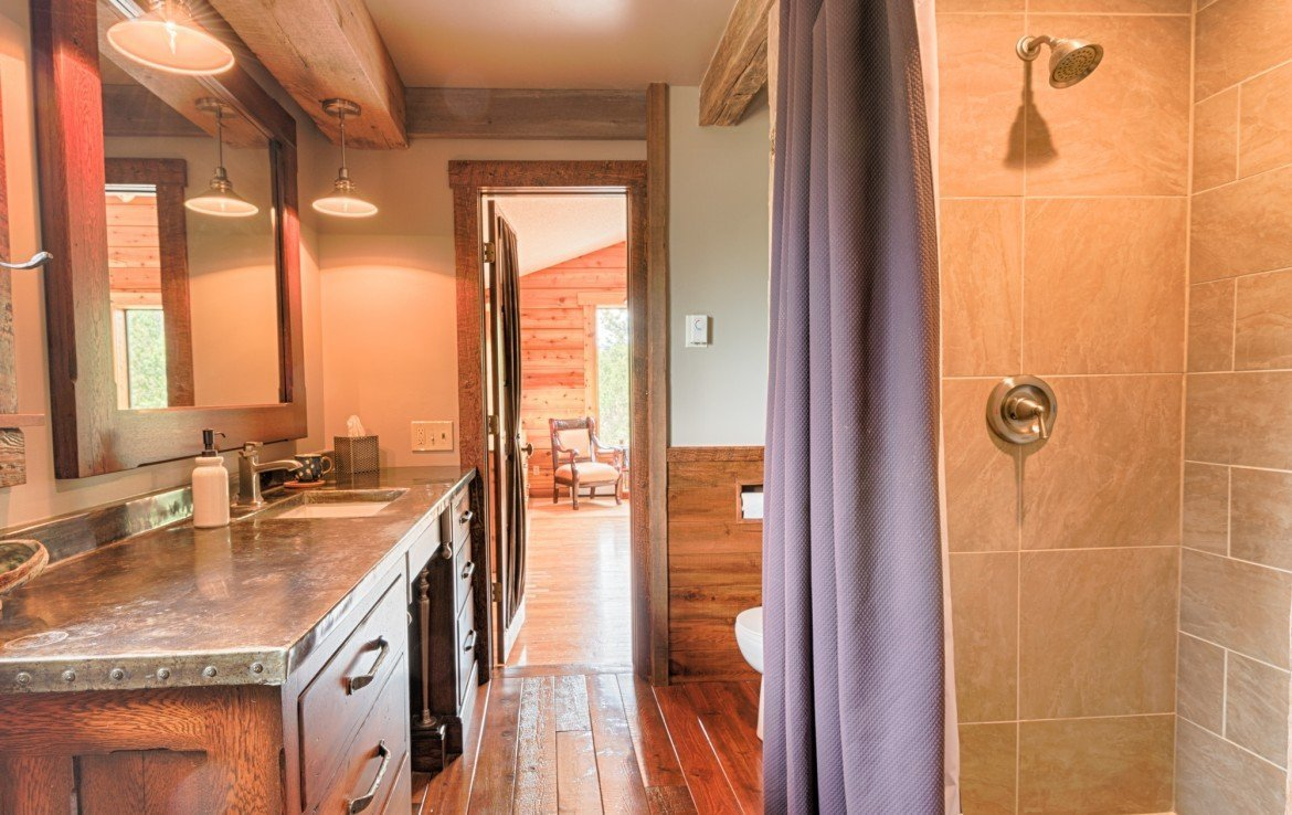 112 Lupine Ln Ridgway Colorado Home for Sale with 2 Acres and Garage - Bathroom - Atha Team Realtor