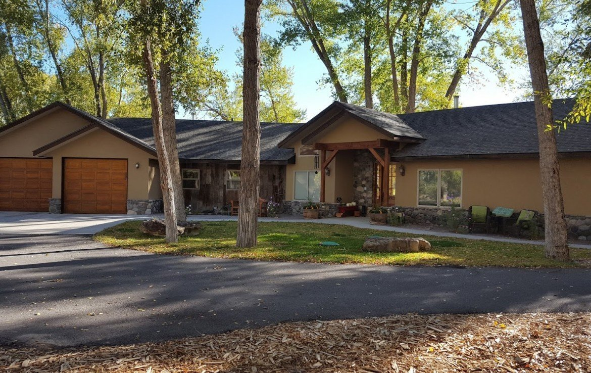 Home and Garage View - For Sale 68252 Tyler Ln Montrose Colorado 81403
