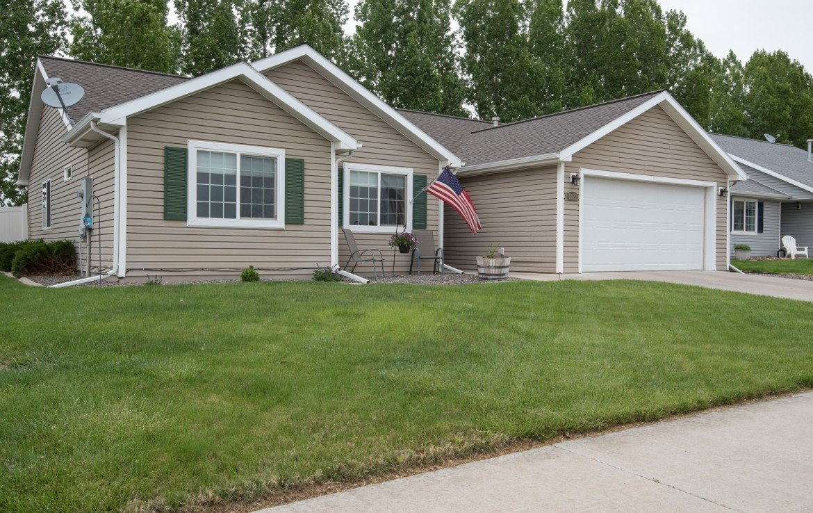 Front View with Sidewalk and Landscaping - 1023 Deer Trail Montrose Real Estate - Atha Team