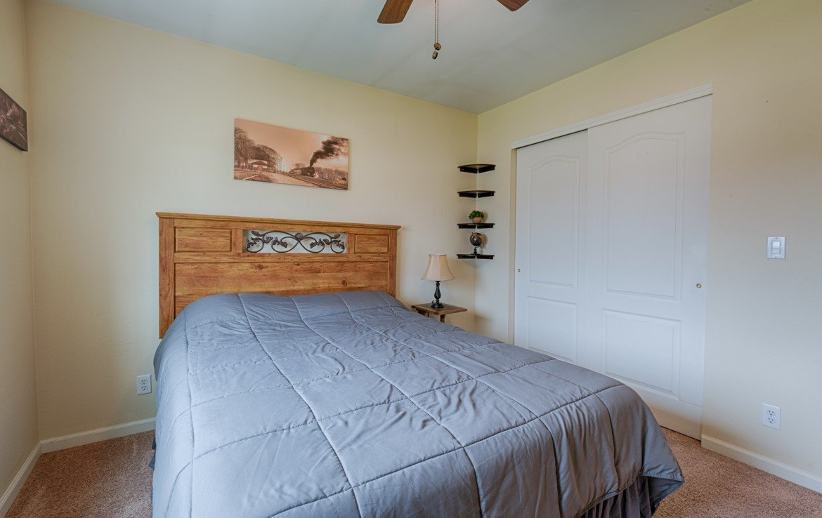 Bedroom with Ceiling Fan - 1023 Deer Trail Montrose Real Estate - Atha Team