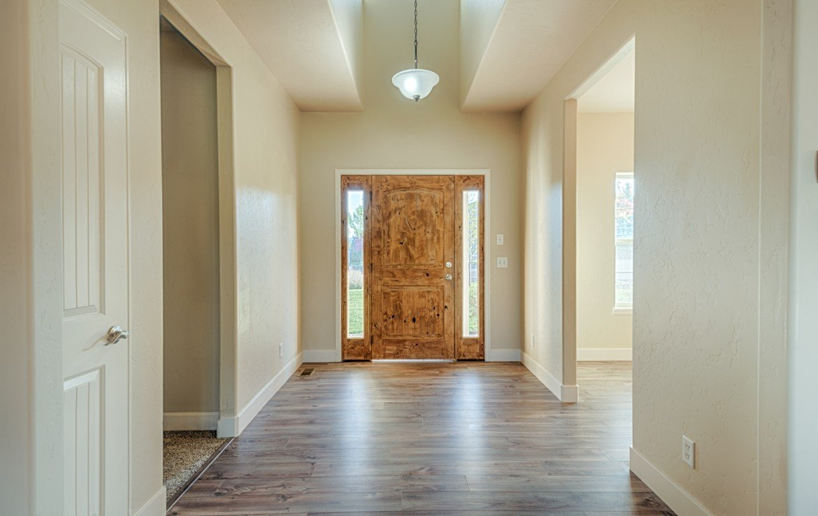 Brightly Lit Entry way With Dormer Window - 1828 Senate St Montrose, CO 81401 - Atha Team Real Estate