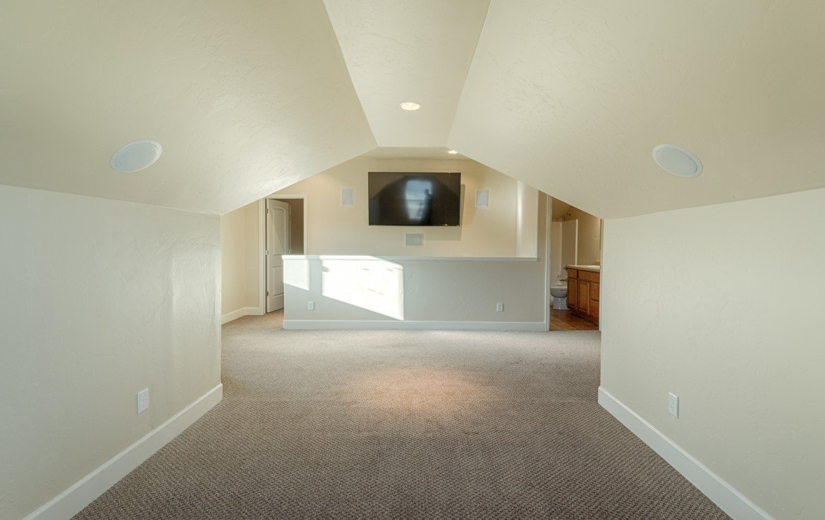 2nd Story Bonus Room with TV - 1828 Senate St Montrose, CO 81401 - Atha Team Real Estate