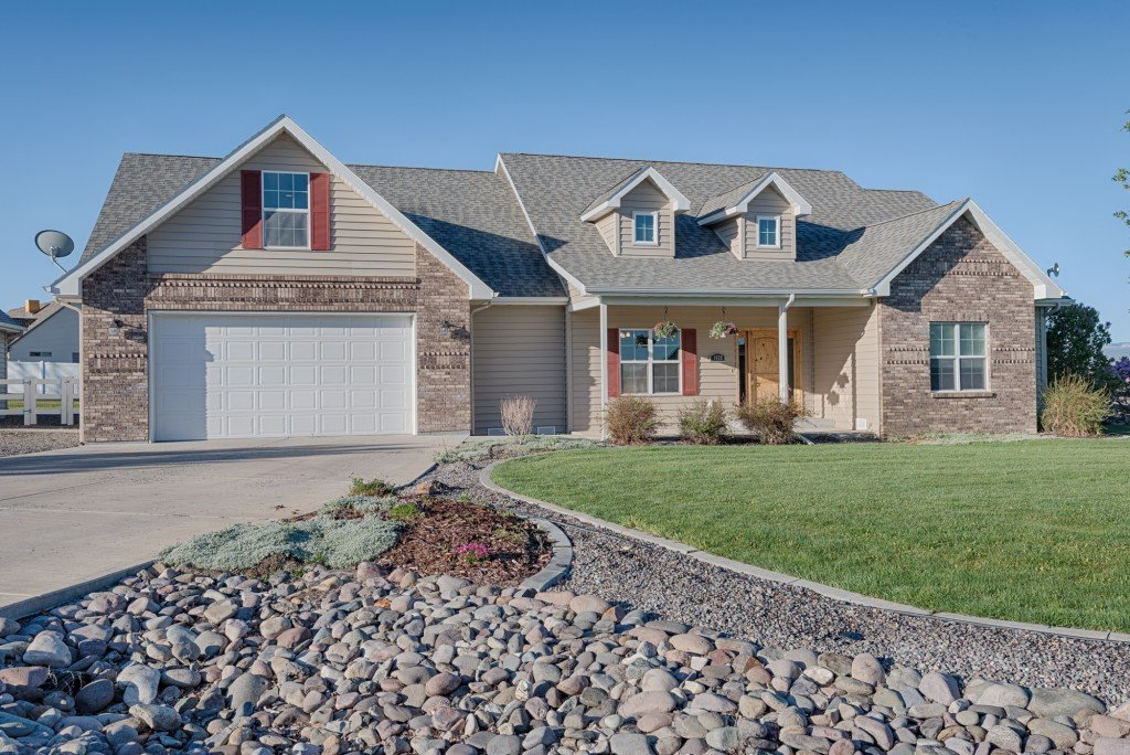 Home for Sale with Landscaping - 1828 Senate St Montrose, CO 81401 - Atha Team Real Estate