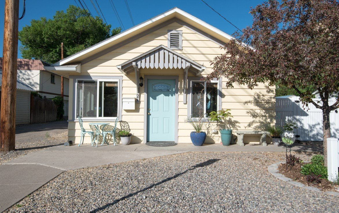 Residential and Commercial Property for Sale with Fenced Back Yard - 21 N Junction Ave Montrose, CO 81401