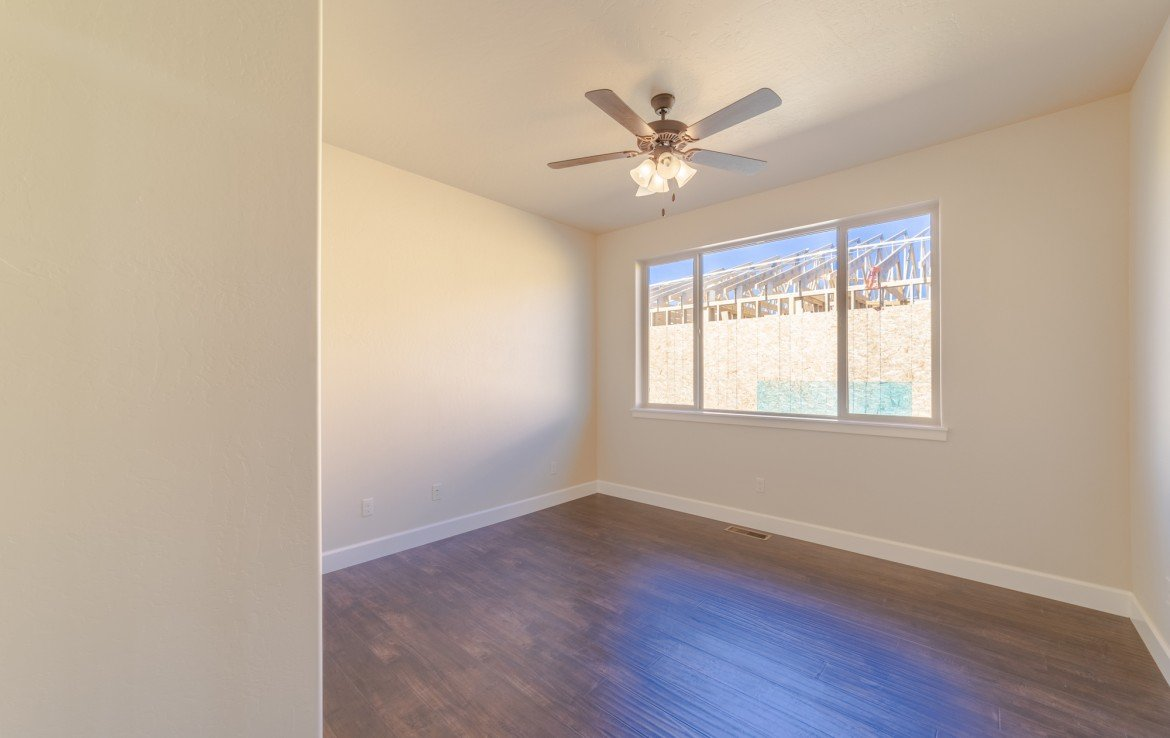 Cobble Creek Golf Home for Sale with Bedrooms with Hardwood Floors - 926 San Sophia Dr Montrose, CO 81403