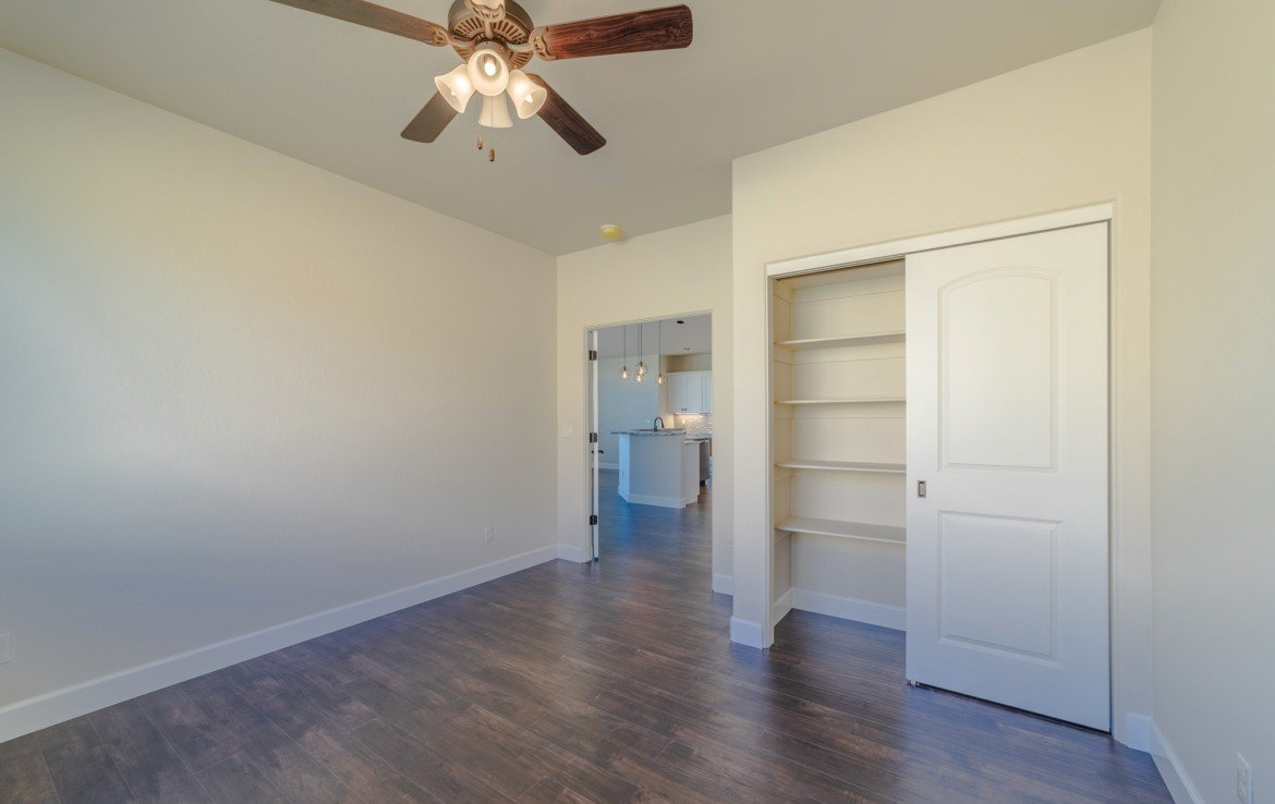 Cobble Creek Golf Home for Sale with Bedrooms with Large Closets - 926 San Sophia Dr Montrose, CO 81403