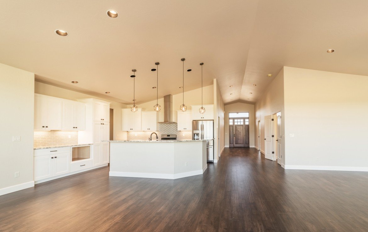Cobble Creek Golf Home for Sale with Vaulted Ceilings - 926 San Sophia Dr Montrose, CO 81403