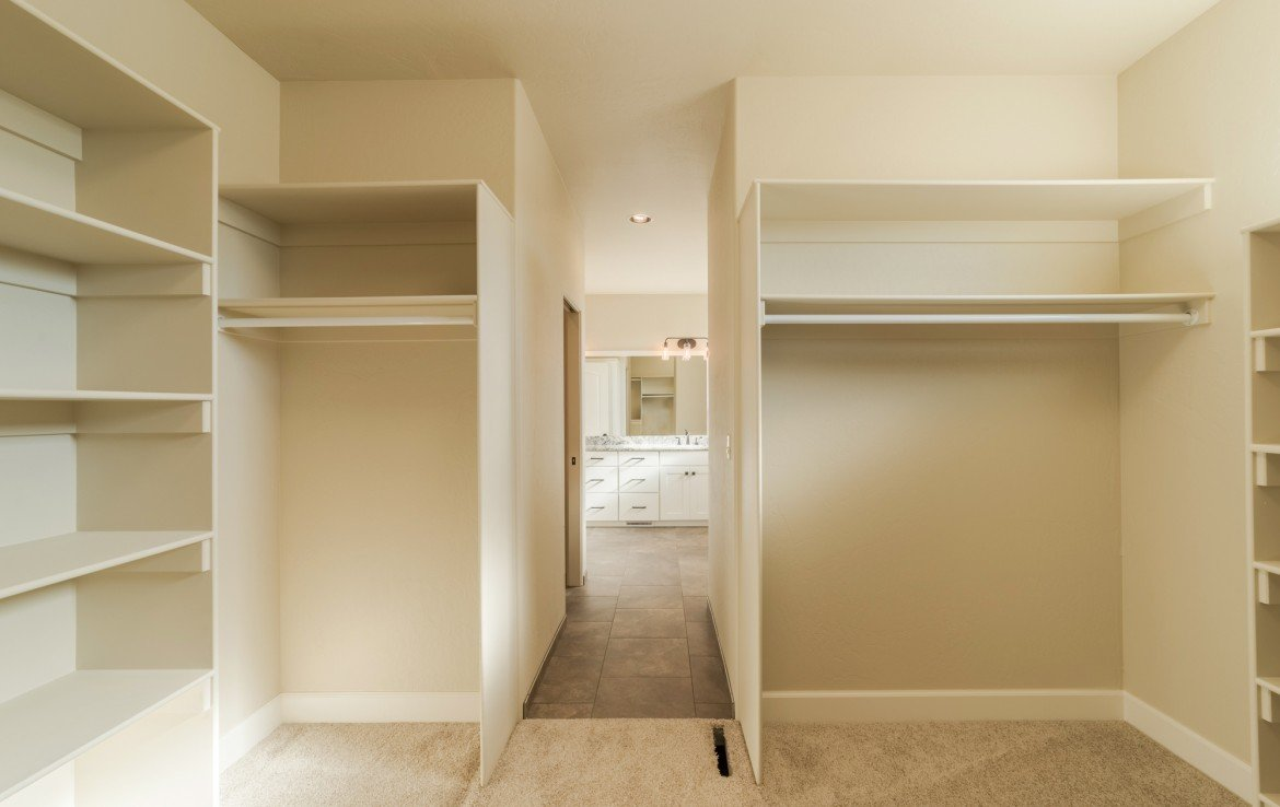 Cobble Creek Golf Home for Sale with Large Walk-In Master Closet - 926 San Sophia Dr Montrose, CO 81403