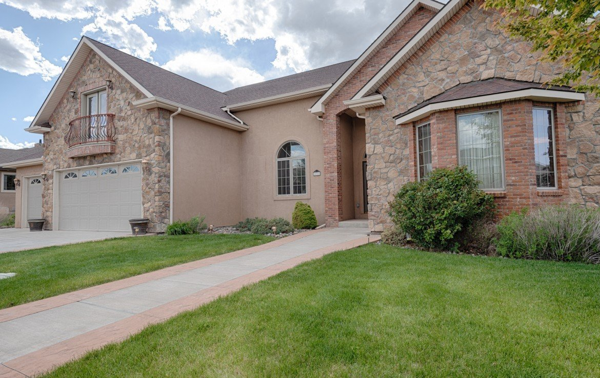 Home for Sale with Paved Walkway - 555 Collins Way Montrose, CO. 81403 - Atha Team at Keller Williams
