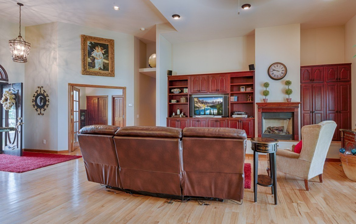 Living Room with Vaulted Ceilings - 555 Collins Way Montrose, CO. 81403 - Atha Team at Keller Williams