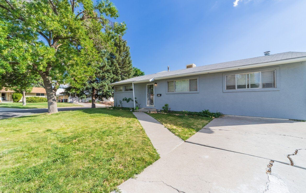 4 Bedroom Home for Sale - 310 Pine View Dr Montrose, CO 81401