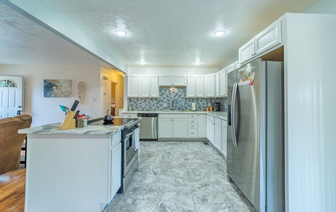 Remodeled Kitchen - 310 Pine View Dr Montrose, CO 81401
