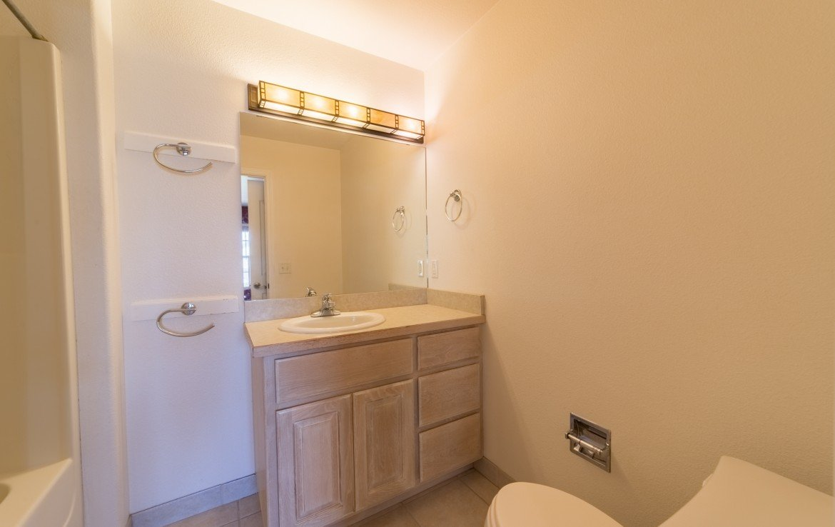 Master Bathroom - 2051 Cherry St Montrose, CO - Atha Team Real Estate Agents