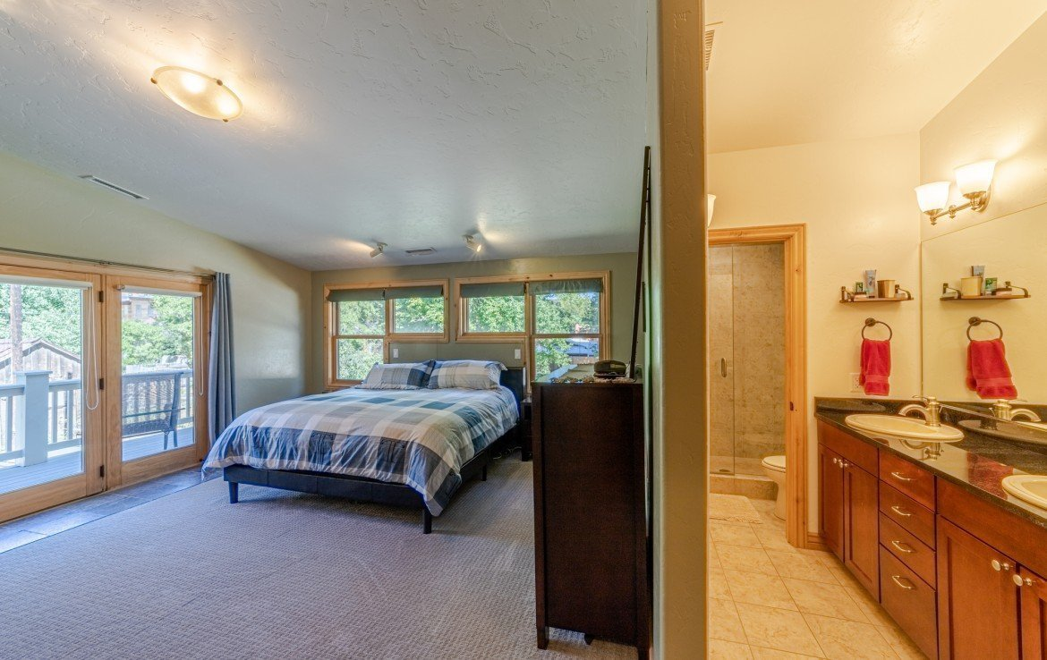 Master Bedroom/Bath - 181 S. Lena St #D Ridgway, CO 81432 - Atha Team Colorado Real Estate
