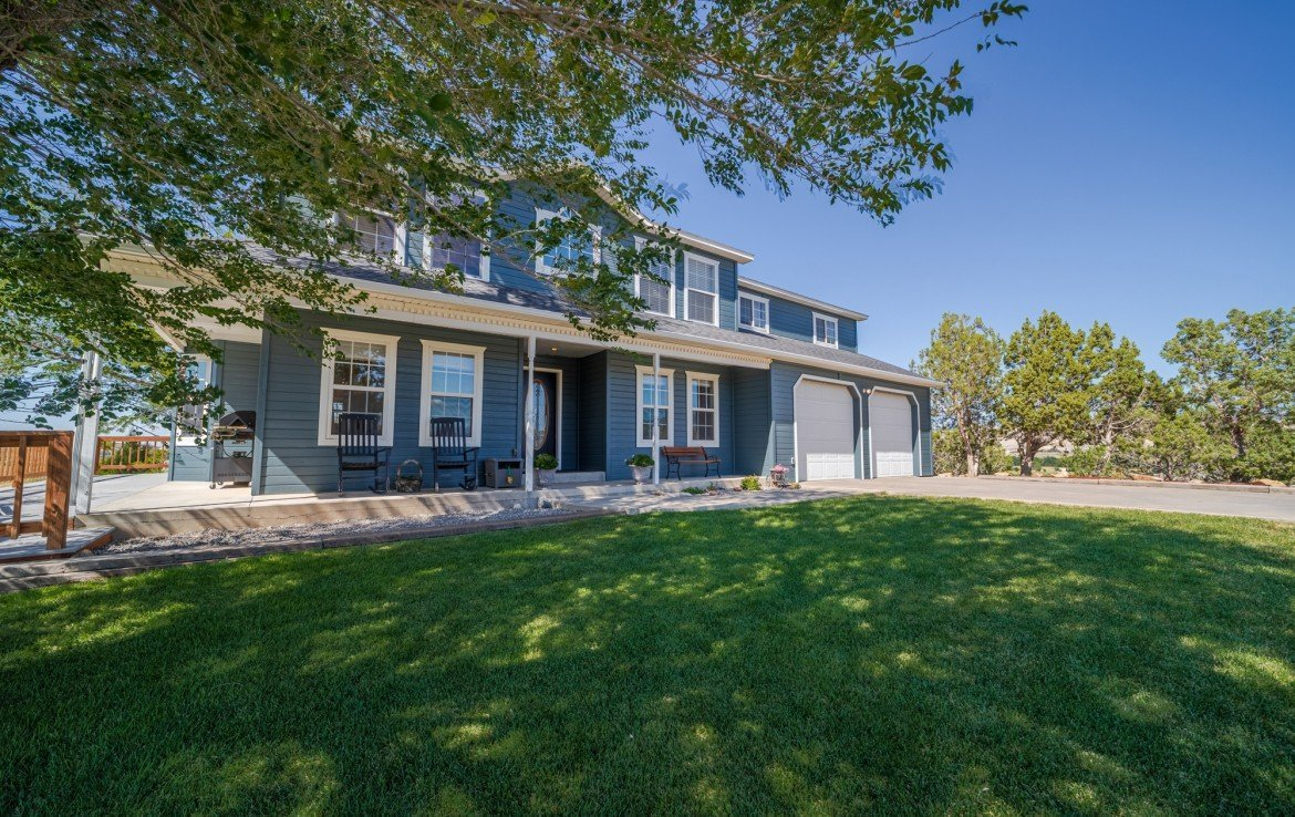 2 Story Farmhouse for Sale with Guest House - 21835 Government Springs Rd - Atha Team Realty Montrose Colorado