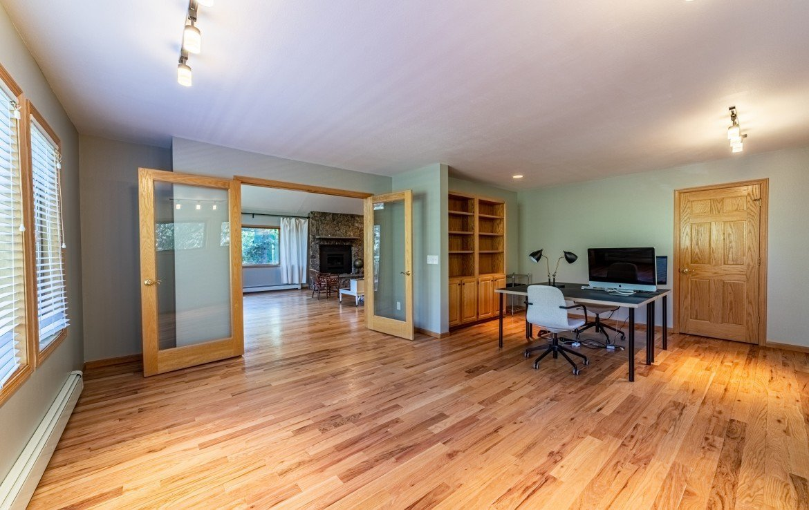 Bedroom/Office Space with Built in Shelving - 430 Pinecrest Dr Ouray, CO 81427 - Atha Team Realty