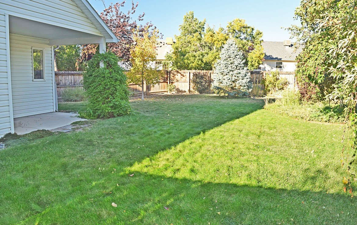 Large Private Back Yard - 1939 White House Dr, Montrose, CO - Atha Team Realty