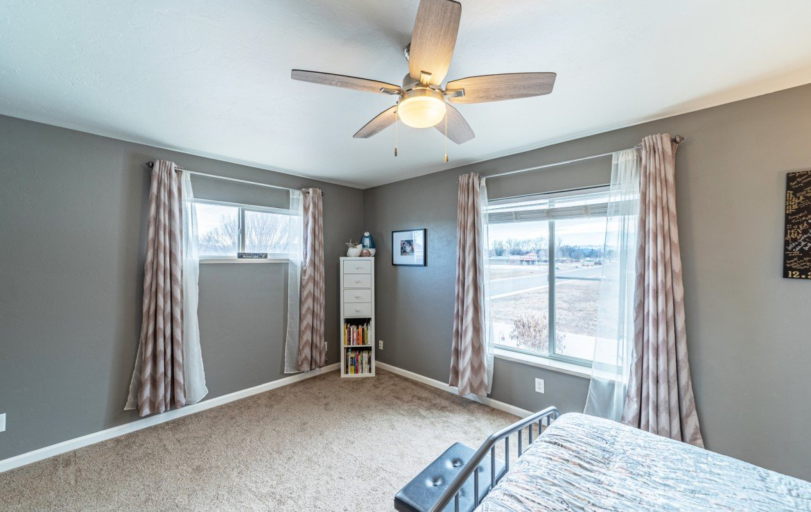 Master Bedroom with Mountain Views - Atha Team Realty Agents at Keller Williams
