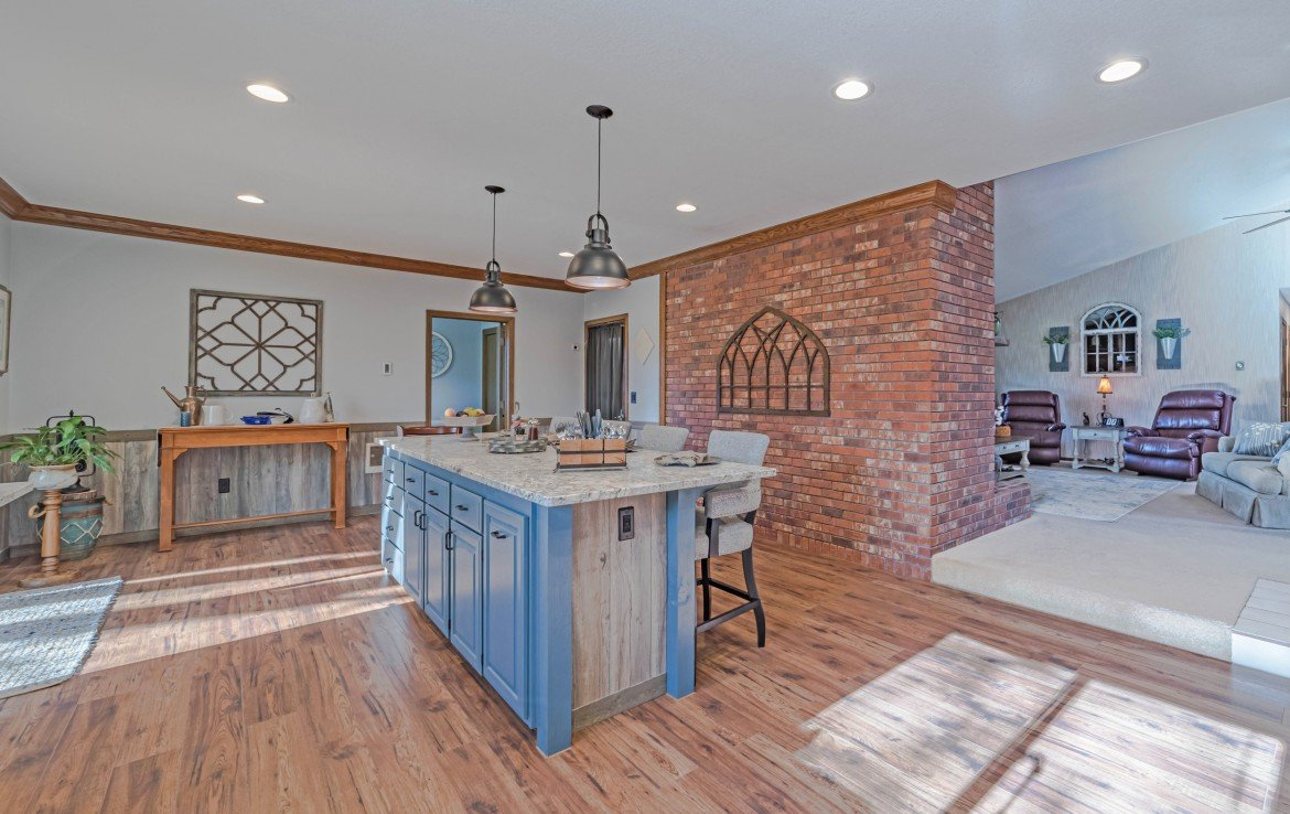 Kitchen Dining - 1649 Hermosa St Montrose, CO 81401 - Atha Team Real Estate