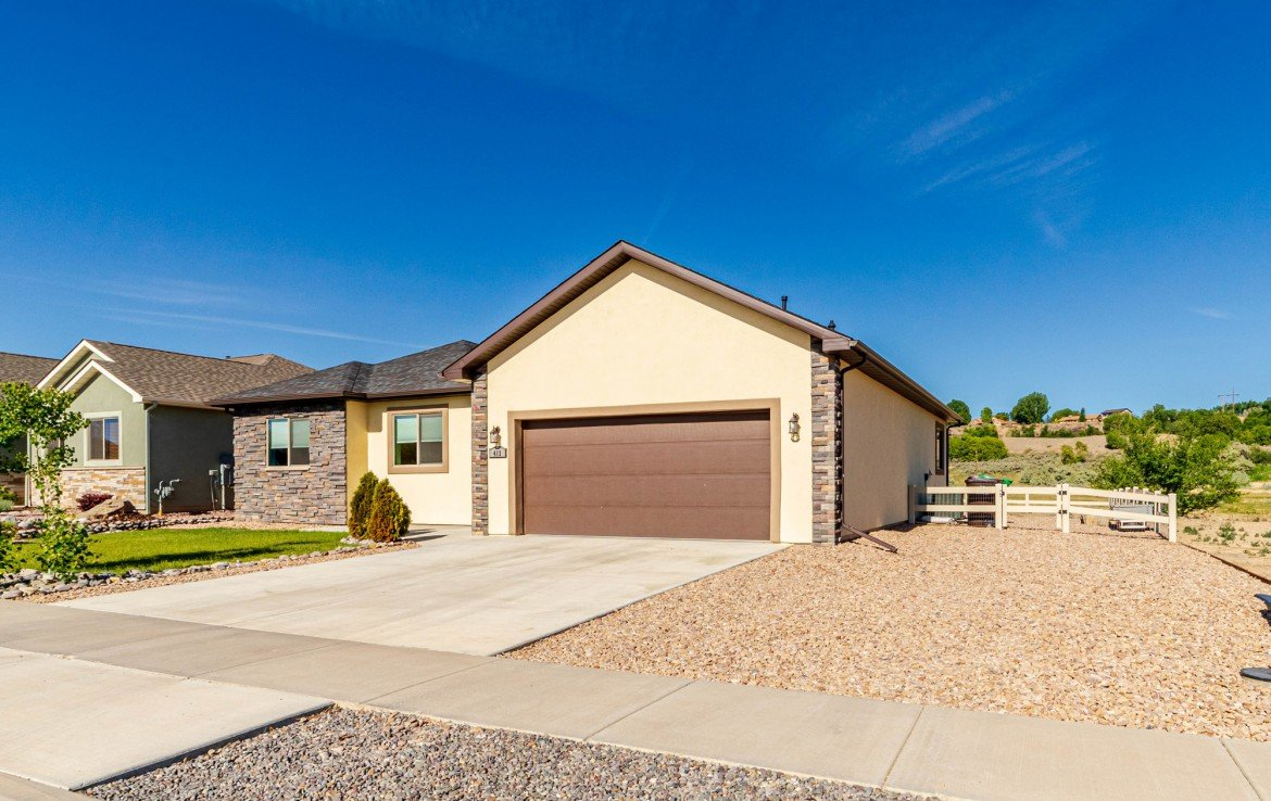 Home with Extra Parking - 413 Alta Lakes Ave Montrose, CO - Atha Team Realty