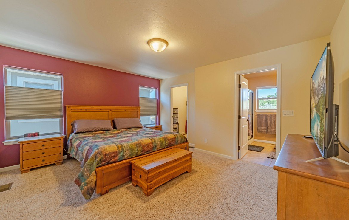 Master Bedroom - 413 Alta Lakes Ave Montrose, CO - Atha Team Realty