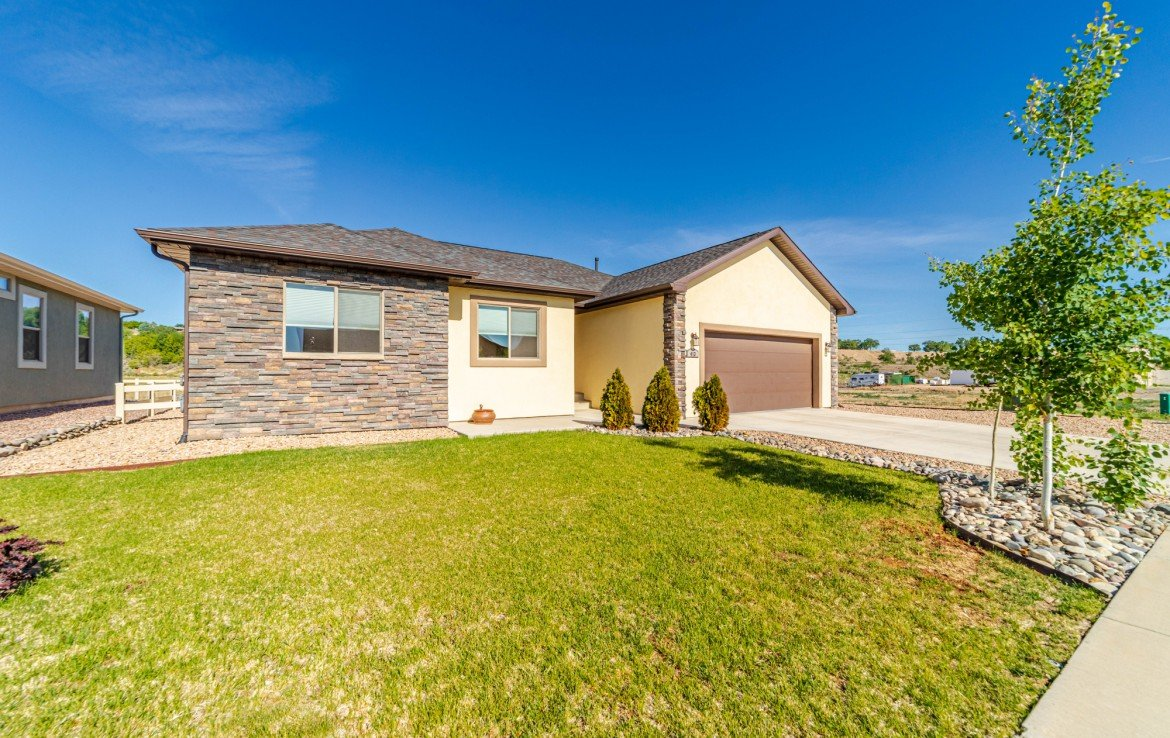 Waterfall Canyon Property - 413 Alta Lakes Ave Montrose, CO - Atha Team Realty