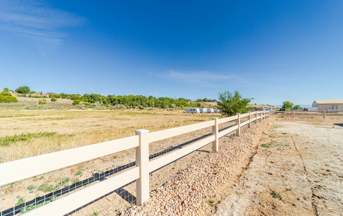 Borders Open Space - 413 Alta Lakes Ave Montrose, CO - Atha Team Realty