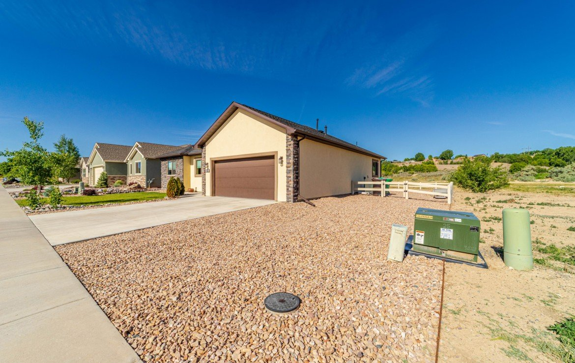 Adjacent to Open Space - 413 Alta Lakes Ave Montrose, CO - Atha Team Realty