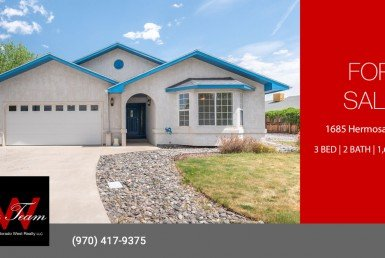 Home for Sale on Large Lot - 1685 Hermosa St Montrose, CO 81401 - Atha Team Real Estate Agents