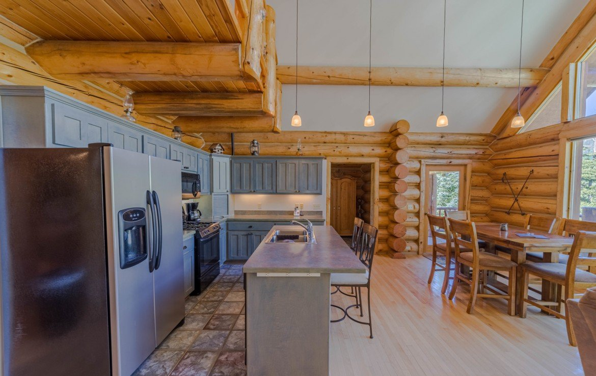 Kitchen with Counter Seating - 84 Columbine Trail Cimarron Colorado 81220 - Atha Team Realty