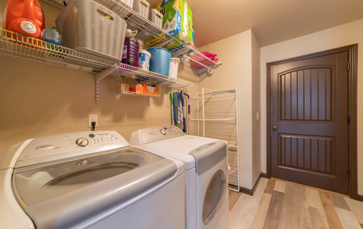 Laundry Room - 1300 Gold Creek Montrose, CO 81403 - Atha Team Property for Sale