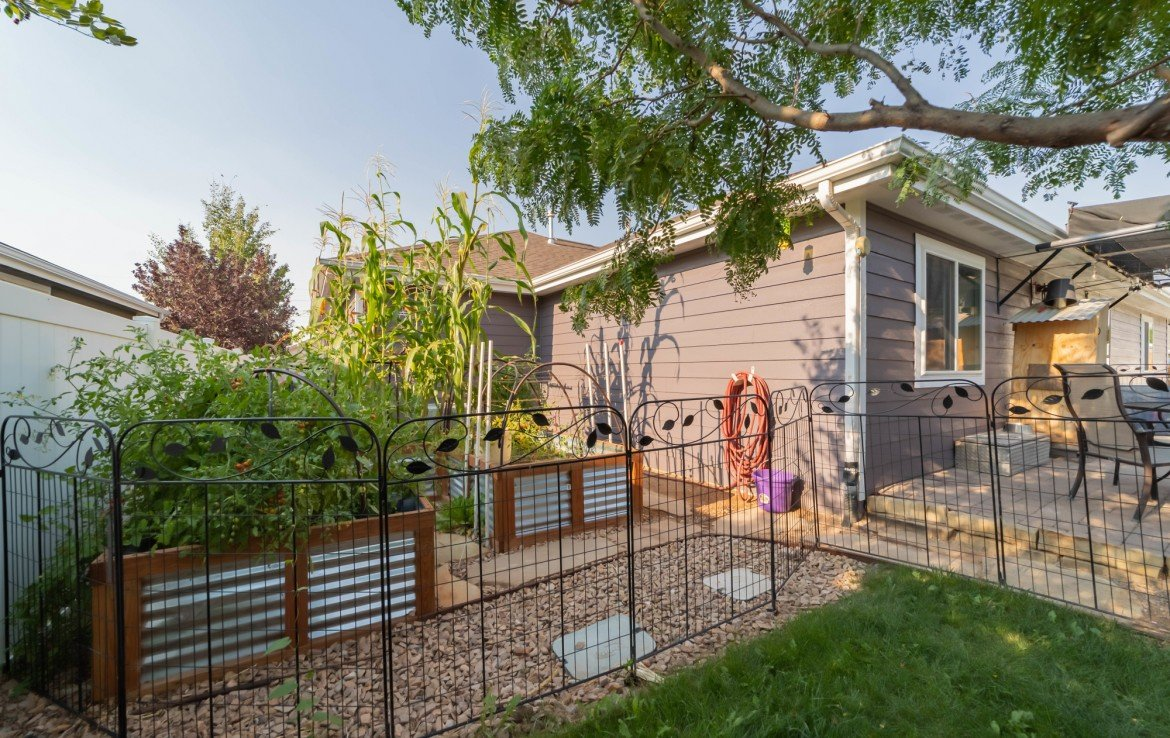 Raised Garden Beds - 1300 Gold Creek Montrose, CO 81403 - Atha Team Property for Sale