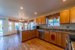 Custom Kitchen with Hardwood Flooring - 3004 Silver Fox Dr - Atha Team Montrose Residential Realty for Sale
