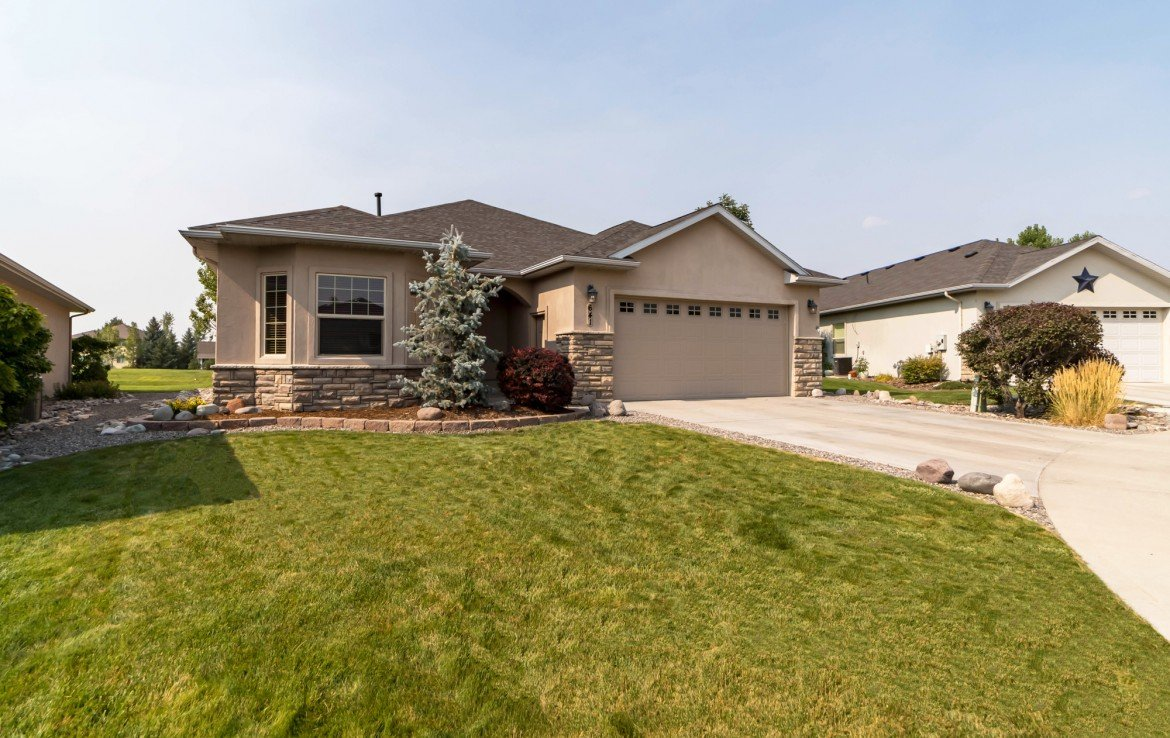 Cobble Creek Home for Sale - 641 Badger Ct Montrose, CO 81403 - Atha Team Realty