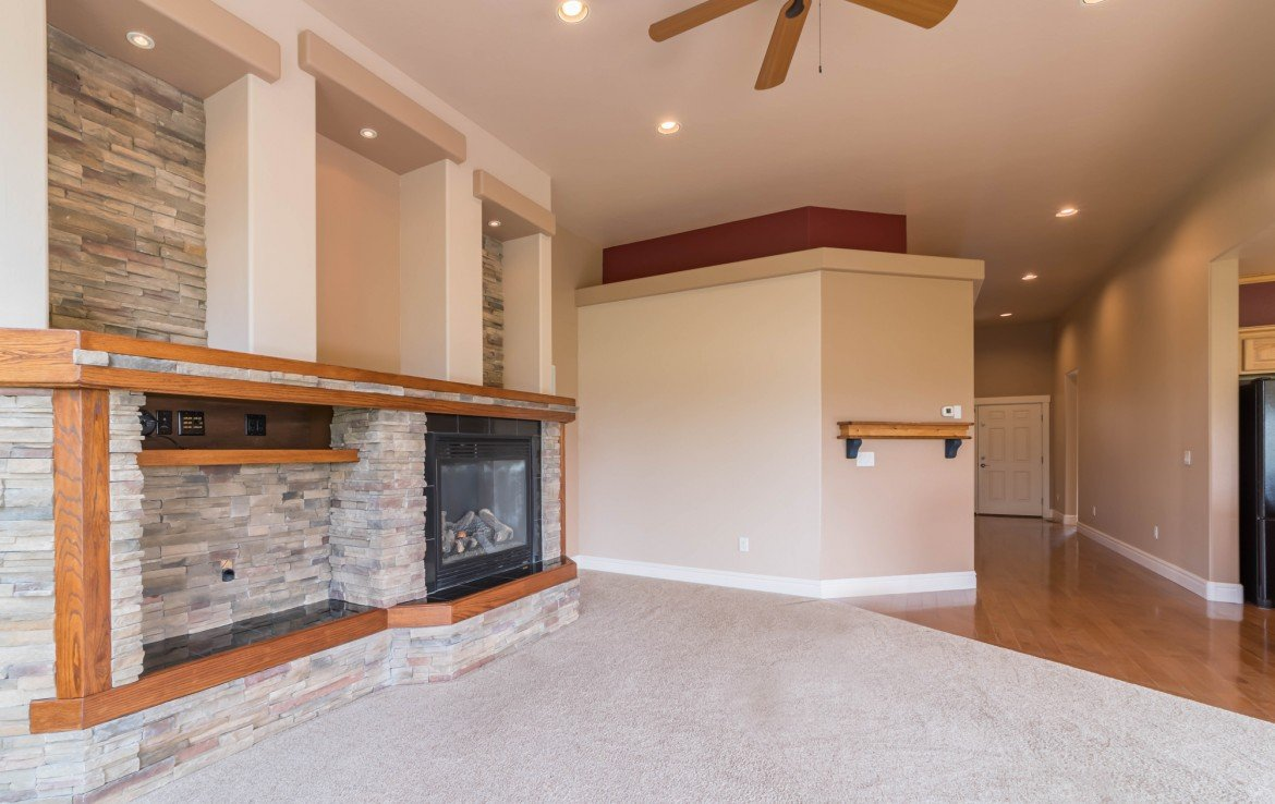Living Room with Built Ins - 641 Badger Ct Montrose, CO 81403 - Atha Team Realty