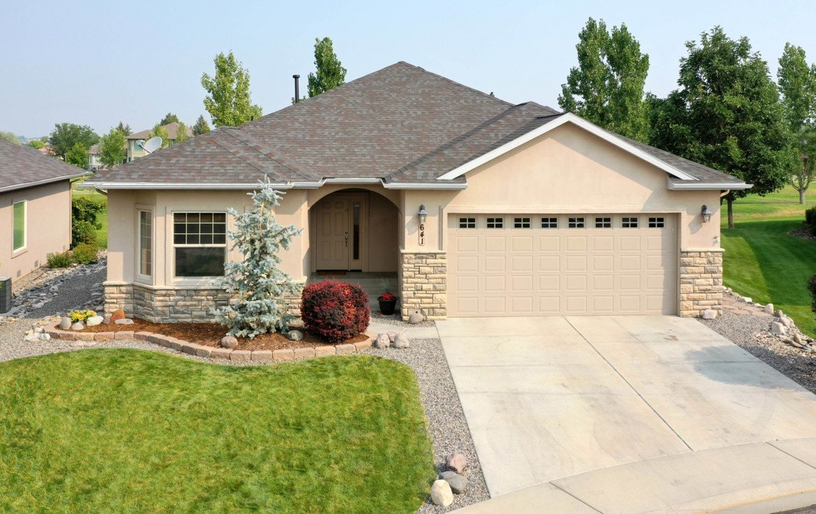 Front of Home - 641 Badger Ct Montrose, CO 81403 - Atha Team Realty