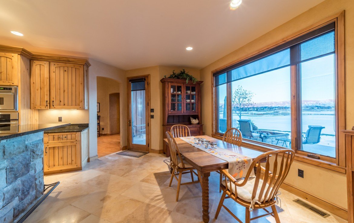 Breakfast Nook with Bay Windows - 2839 Sleeping Bear Rd Montrose, CO 81401 - Atha Team Luxury Real Estate