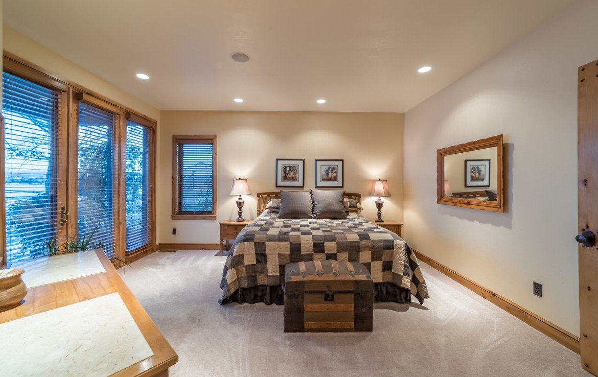 Master Bedroom with Carpet - 2839 Sleeping Bear Rd Montrose, CO 81401 - Atha Team Luxury Real Estate