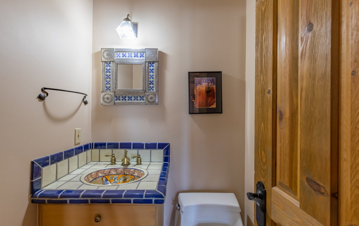 Guest Bathroom - 23740 7010 Rd Montrose, CO 81403 - Atha Team Realty