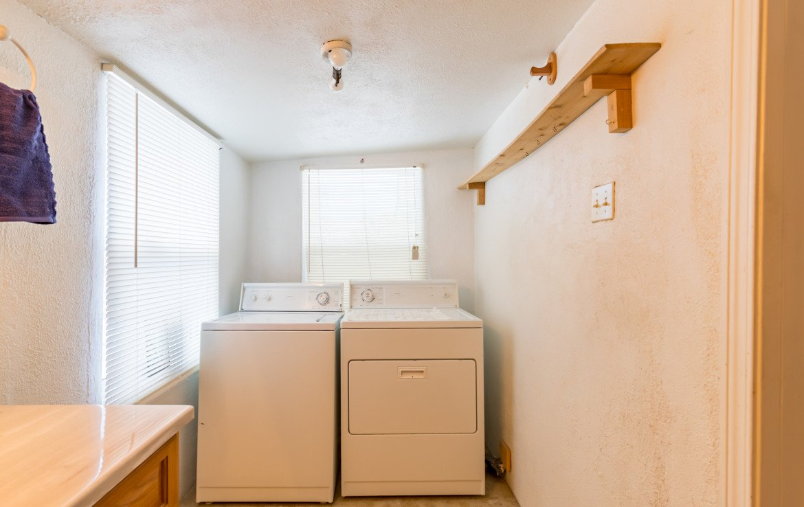 Laundry Room - 54 W. South 3rd St Montrose, CO 81401 - Atha Team Real Estate Listing