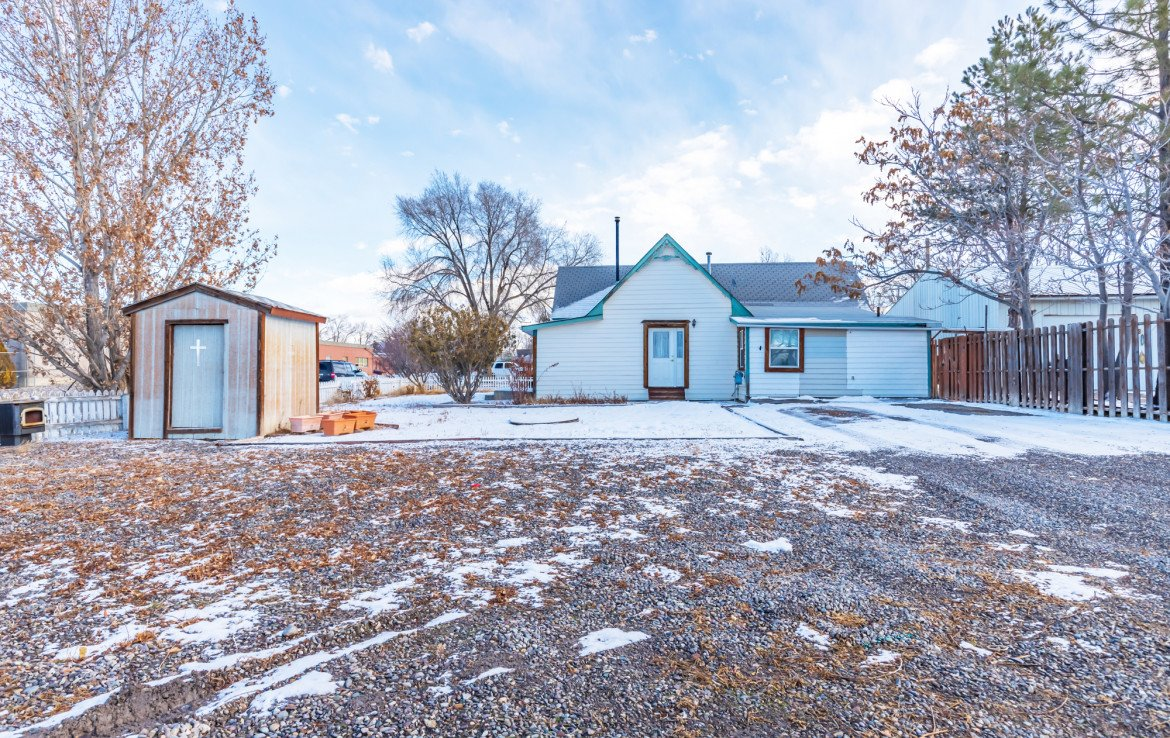 Large Back Yard - 54 W. South 3rd St Montrose, CO 81401 - Atha Team Real Estate Listing