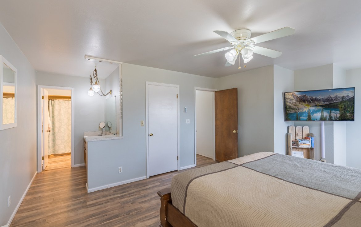 Master Bedroom and Master Bathroom - 1639 6422 Rd Montrose, CO - Atha Team Real Estate Listing