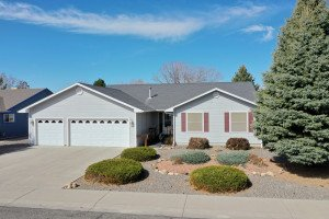 Montrose Home for Sale - Atha Team Residential Real Estate