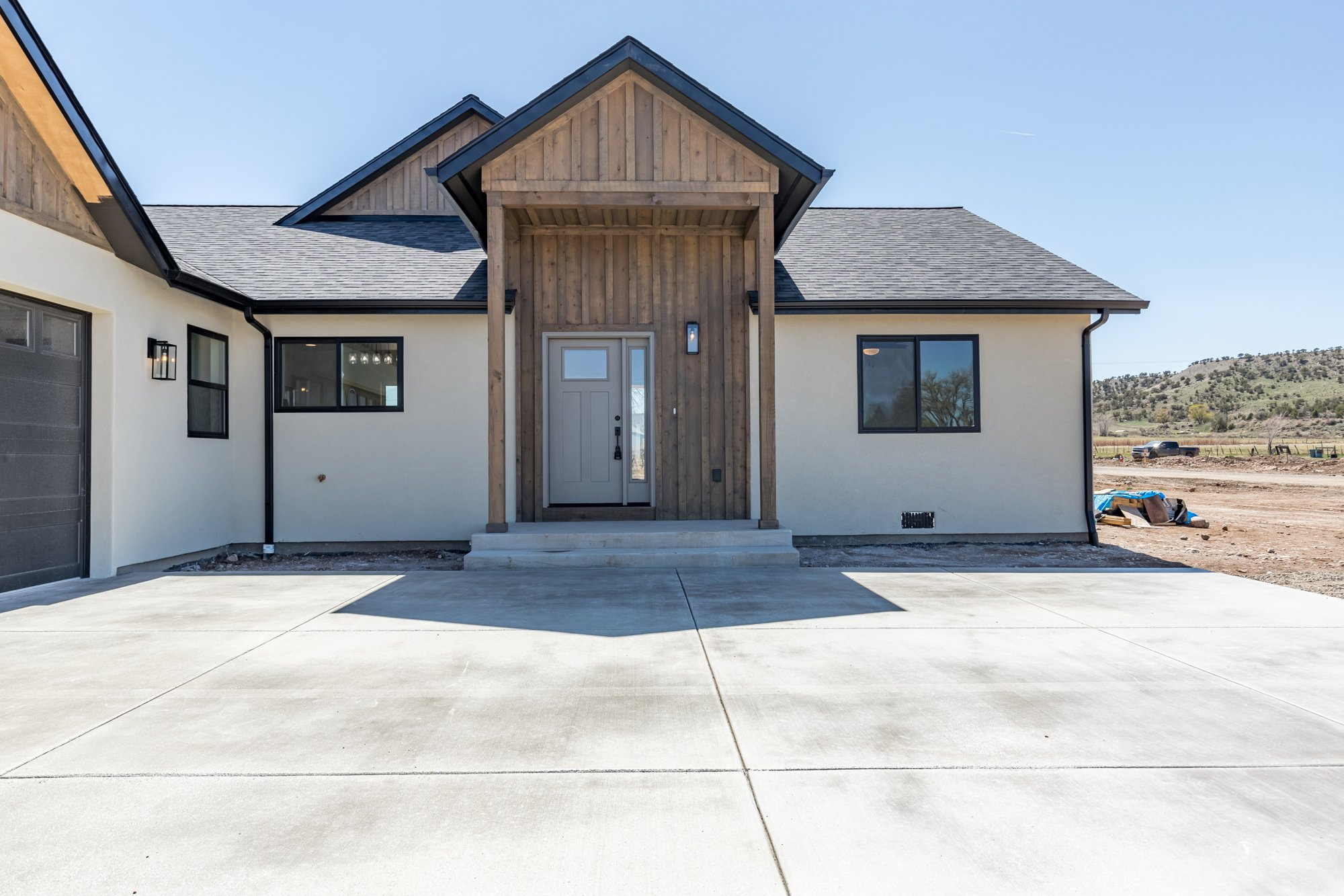 Covered Front Porch - TBD Highway 550 Montrose, CO 81403 - Atha Team New Construction Real Estate