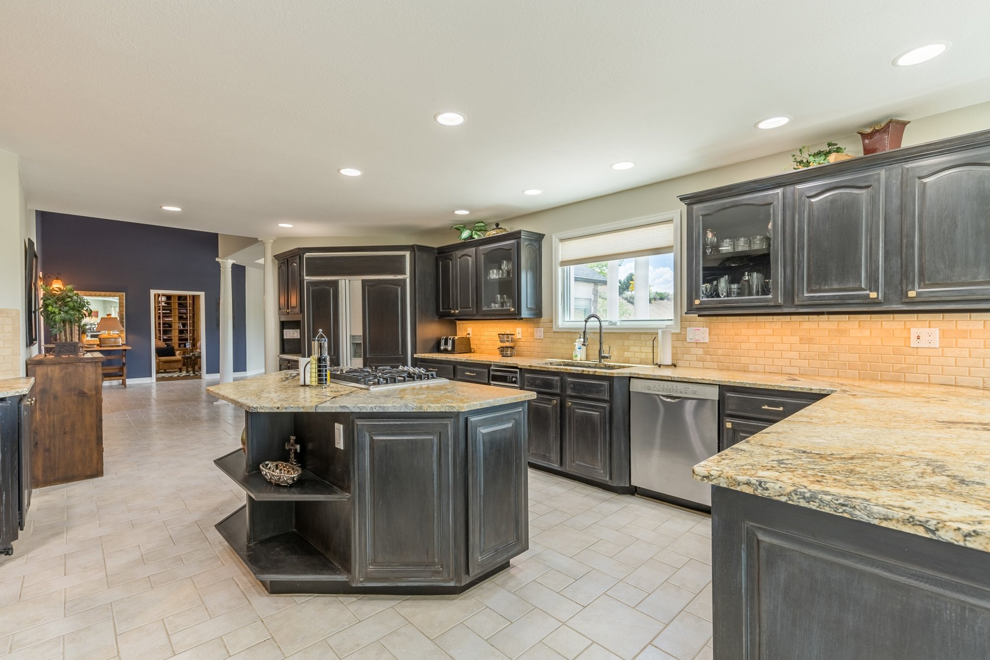 Kitchen with Island - 16955 Wildwood Dr. Montrose, CO 81403 - Atha Team Luxury Real Estate