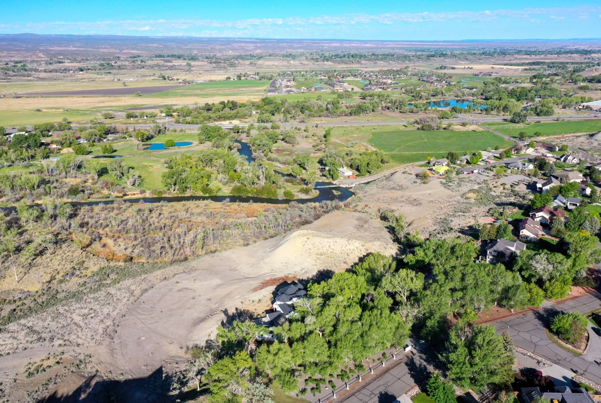 River views to the west - 16955 Wildwood Dr. Montrose, CO 81403 - Atha Team Luxury Real Estate