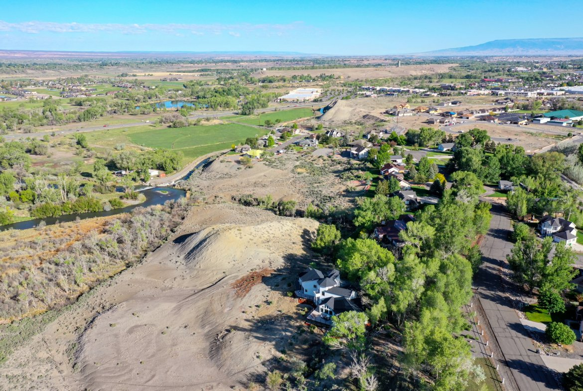 River views to the north - 16955 Wildwood Dr. Montrose, CO 81403 - Atha Team Luxury Real Estate