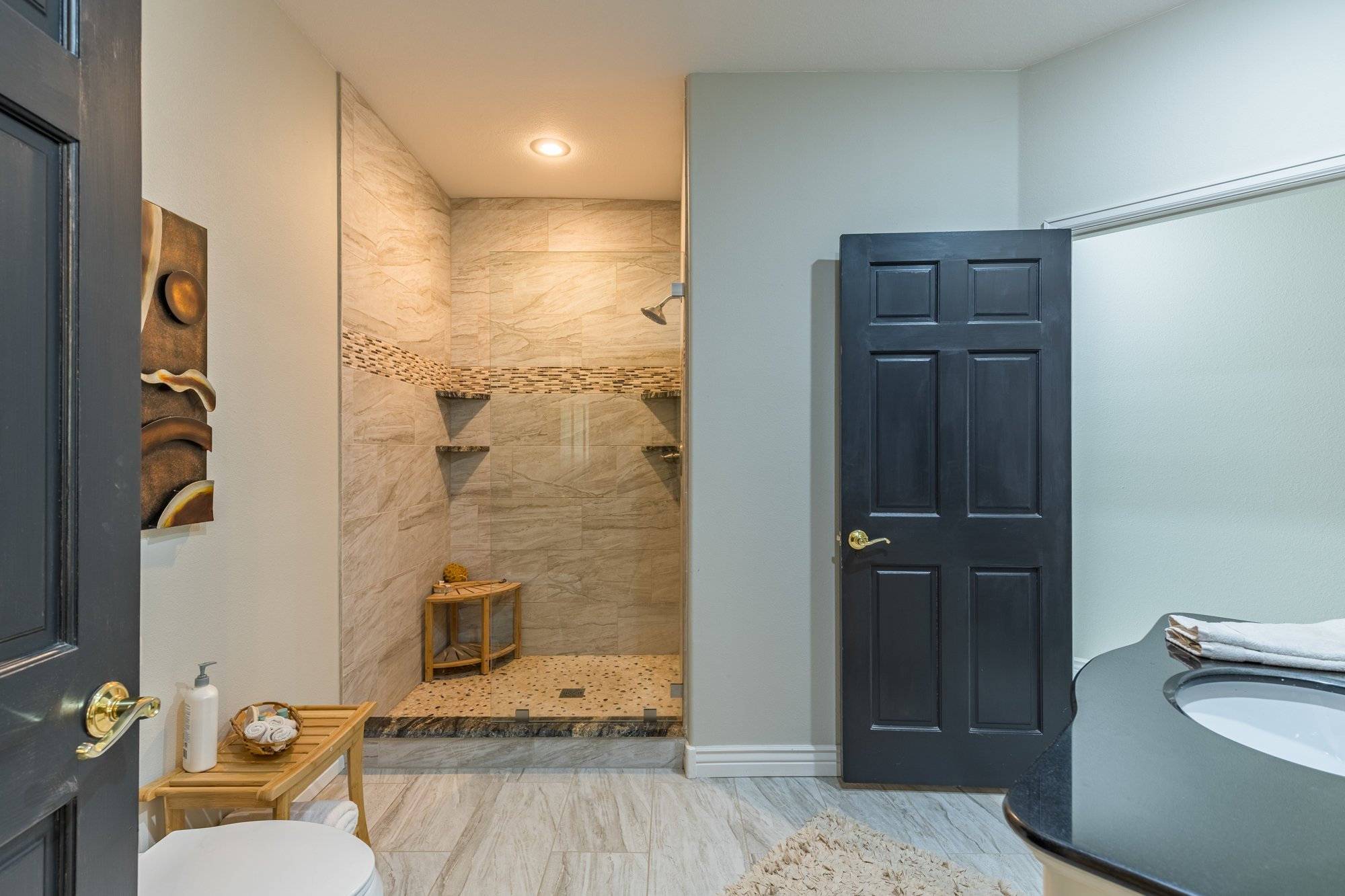 Remodeled Bathroom with Tiled Shower - 16955 Wildwood Dr. Montrose, CO 81403 - Atha Team Luxury Real Estate